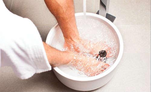 el agua con sal cicatriza