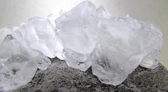 piedra alumbre para encías inflamadas