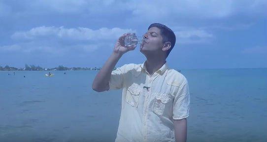 beber agua de mar beneficios