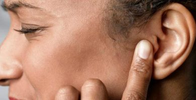 cómo puedo sacar la sensación de aire del oído